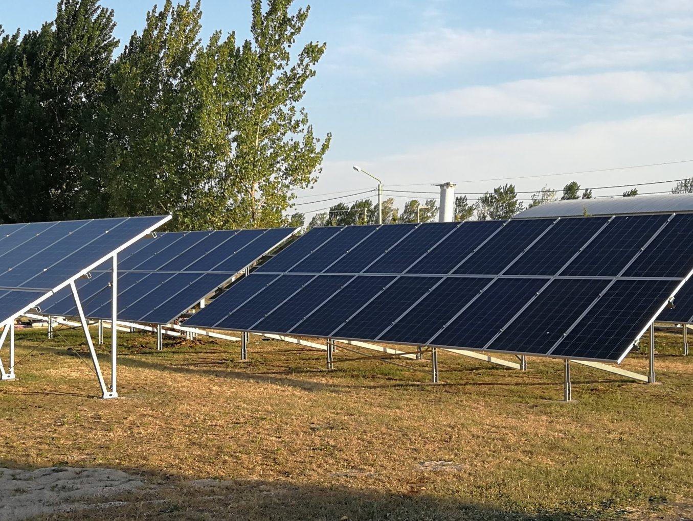 En Chazón, la primera empresa con energía renovables
