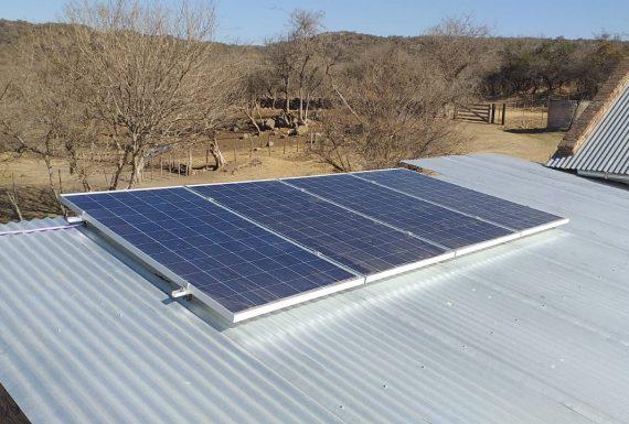 Amboy, instalación fotovoltaica para taller rural